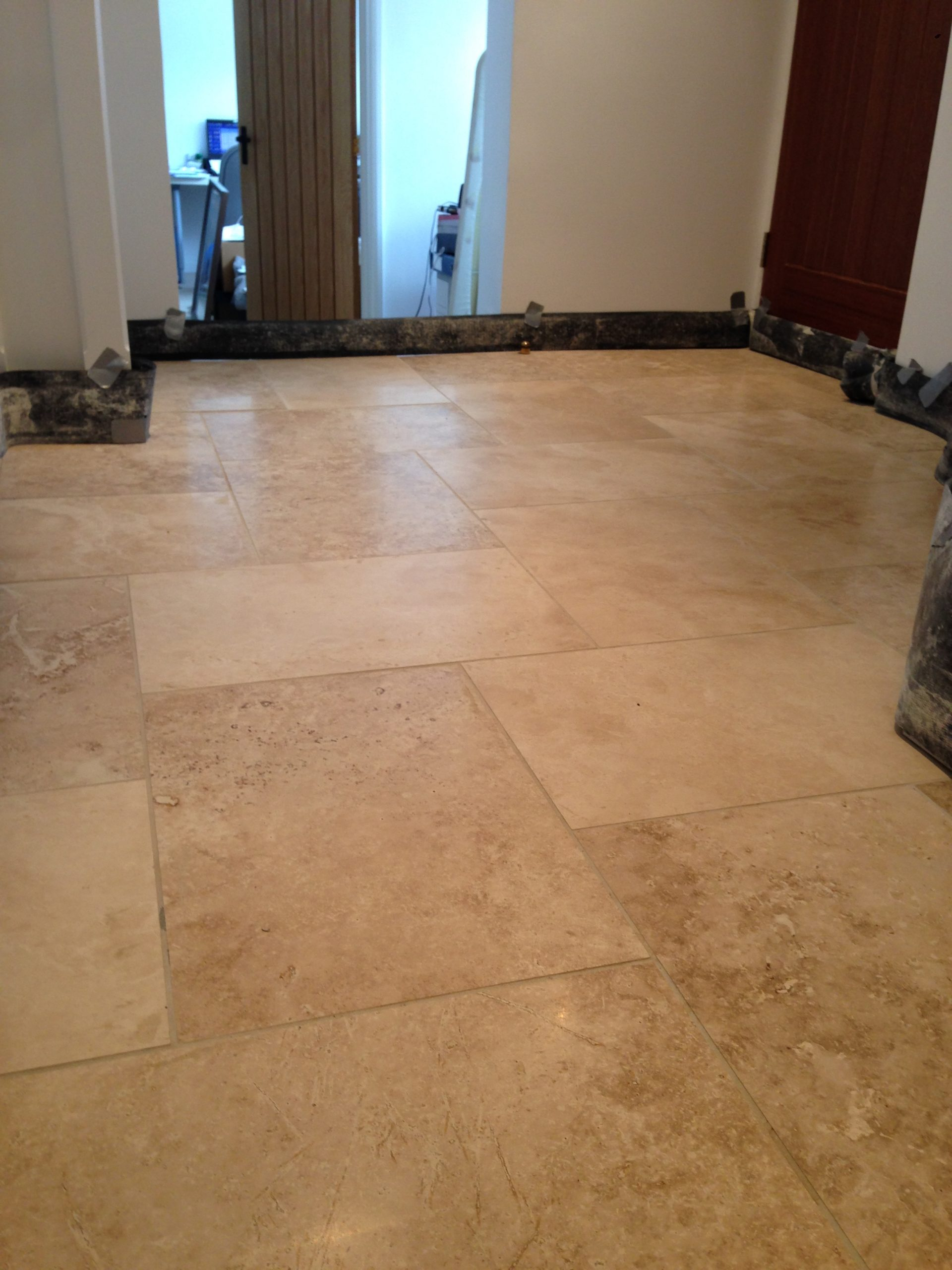 Sandstone Kitchen Floor Tiles Travertine Stone Floor Cotswold Stone Floor Cleaners